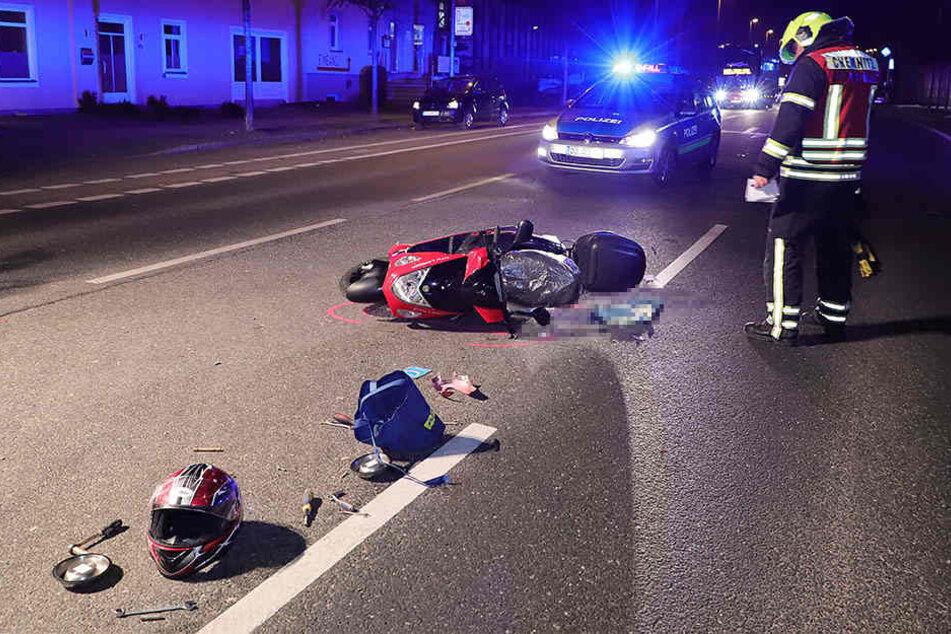 Motorrad rammt Verkehrsinsel: Biker schwer verletzt