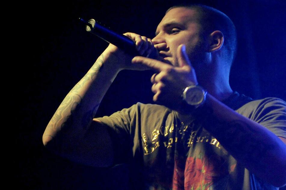 Der Berliner Rapper Fler war am Sonntag bei einer Autofahrt von einer Streife kontrolliert worden und beschimpfte die Polizisten aggressiv.