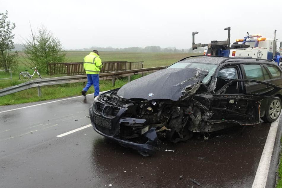 An dem BMW entstand ein Totalschaden.