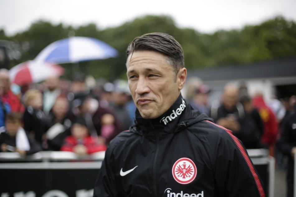 Niko Kovacs kehrt am Montag mit seiner Mannschaft nach Frankfurt zurück.
