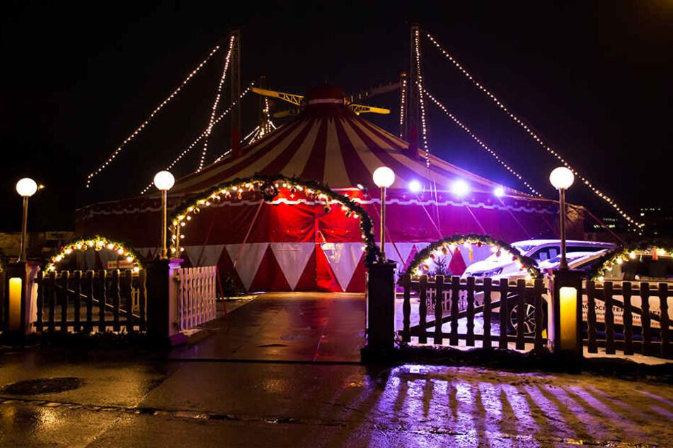 Unter diesem Chapiteau des Weihnachts-Circus könnten Operetten-Vorstellungen  stattfinden.