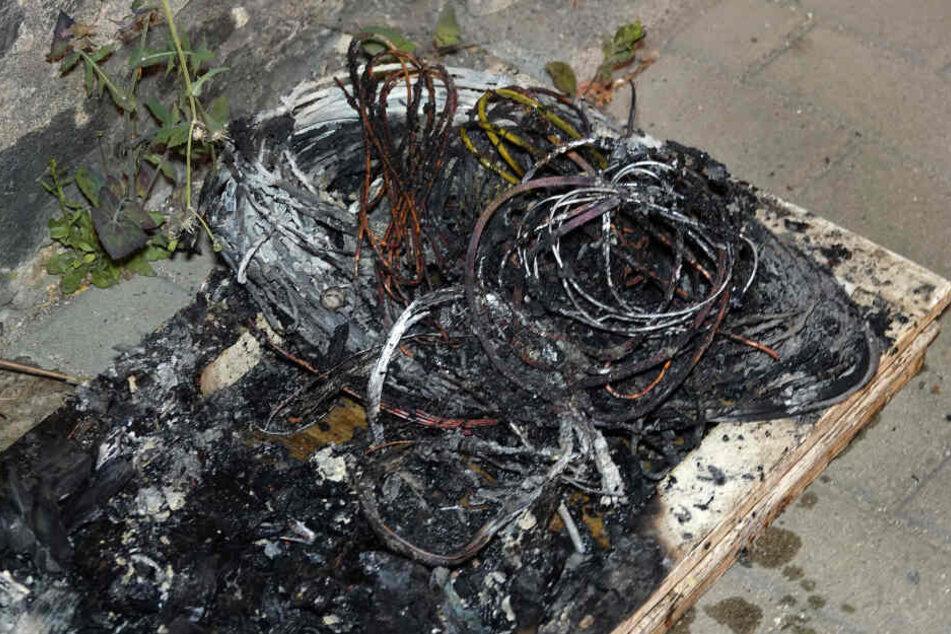 Auch in einem Haus in der Hans-Sachs-Straße brannten Kabel.