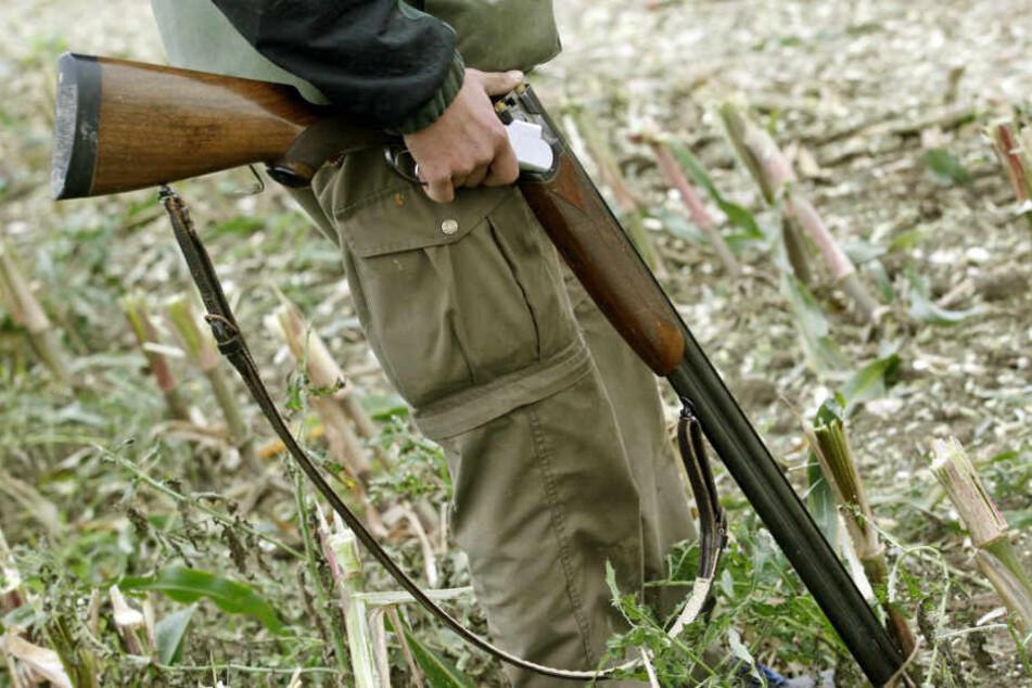 Jäger will Wildschwein erlegen und begeht verhängnisvollen Fehler