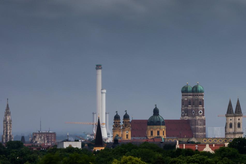 In Bayern zeigen sich vor allem die Wolken am Dienstag. (Symbolbild)