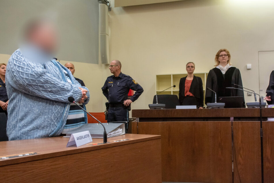 "Schockierender Prozess gegen ""Todespfleger"": Anklage fordert lebenslange Haft"