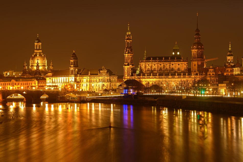 Klares Nein: Dresden hat ein umfassendes Böllerverbot erlassen. Die Traumkulisse der Altstadt muss ohne großes Feuerwerk auskommen.