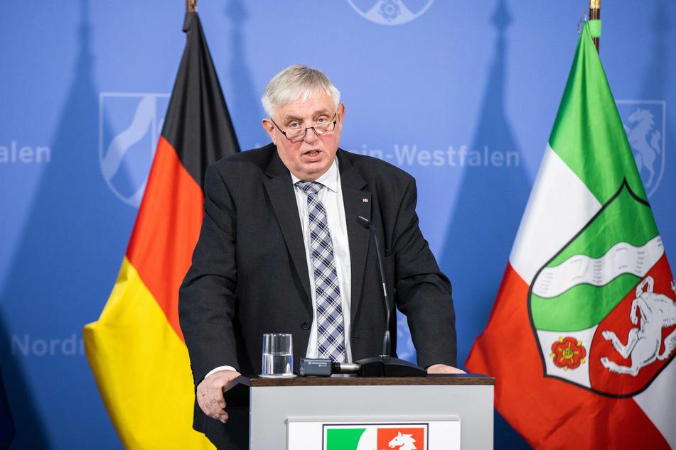 NRW-Arbeitsminister Karl-Josef Laumann setzt sich dafür ein, die Arbeitslosenversicherung für Soloselbstständige zu öffnen.