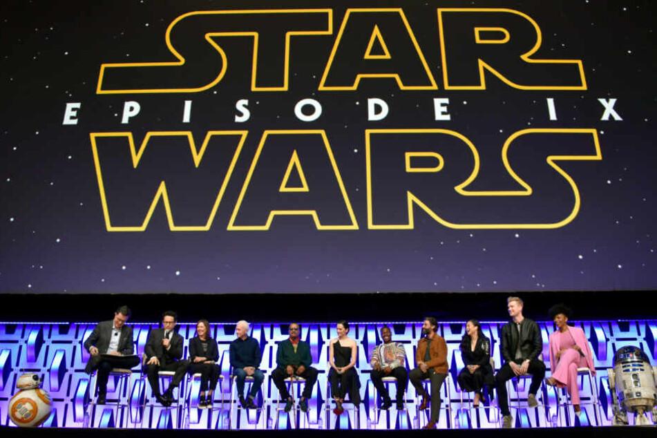 """Das zweiminütige Video zu """"Star Wars 9"""" mit dem Untertitel """"The Rise of Skywalker"""" wurde bei einer """"Celebrations""""-Messe vorgestellt."""