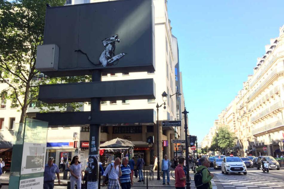 Das Kunstwerk stand neben dem Centre Pompidou.