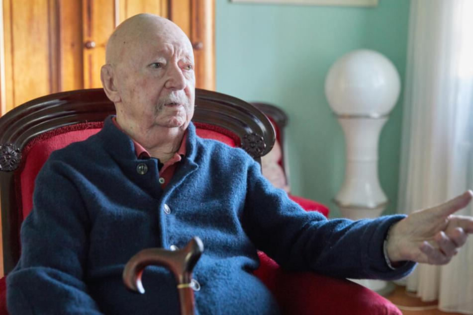 Im Frühjahr wurde Günter Kunert anlässlich seines bevorstehenden 90. Geburtstags interviewt.