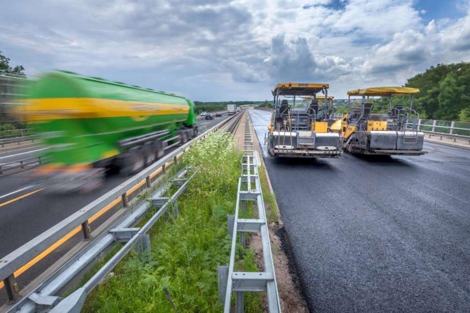 Die A4-Abfahrt Meerane wird wegen Fahrbahnerneuerungen für zwei Wochen gesperrt.