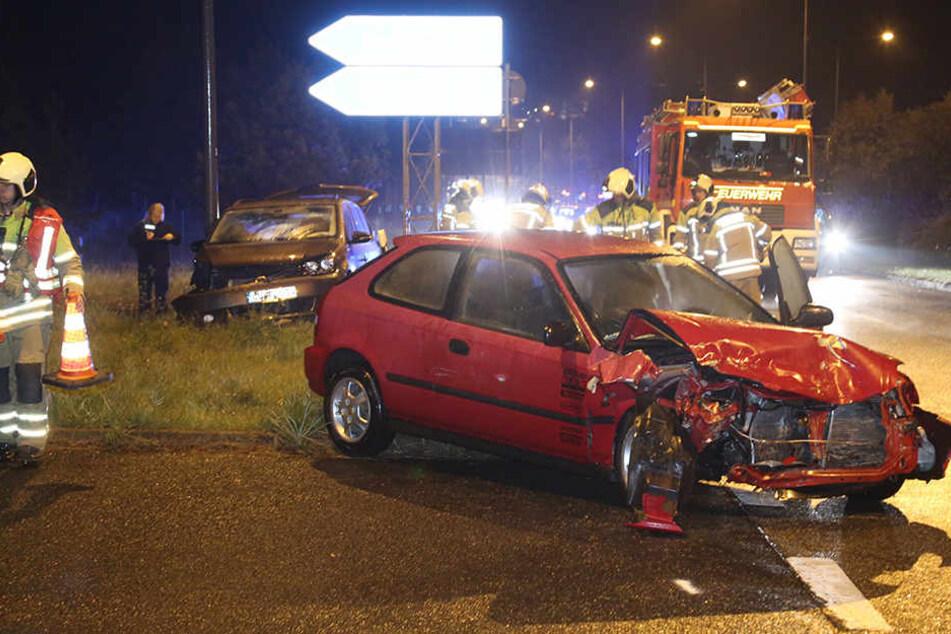 Bei einem Verkehrsunfall nahe der Radeburger Straße in Dresden wurden mehrere Personen verletzt.
