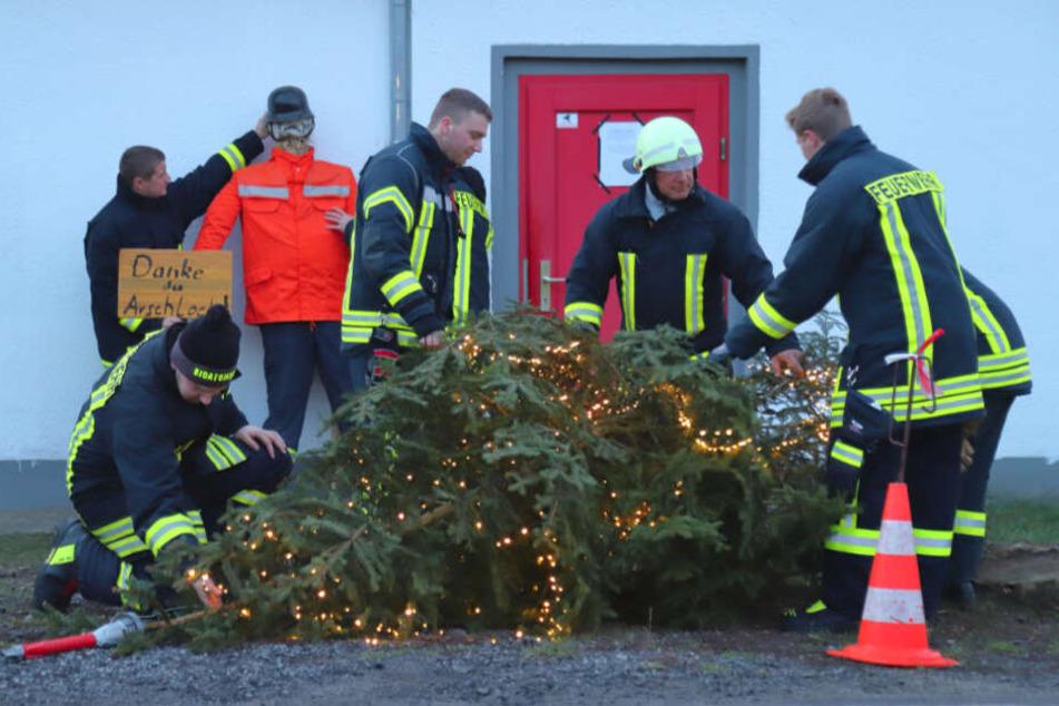 Seit drei Jahren stellt der Verein einen Weihnachtsbaum auf.