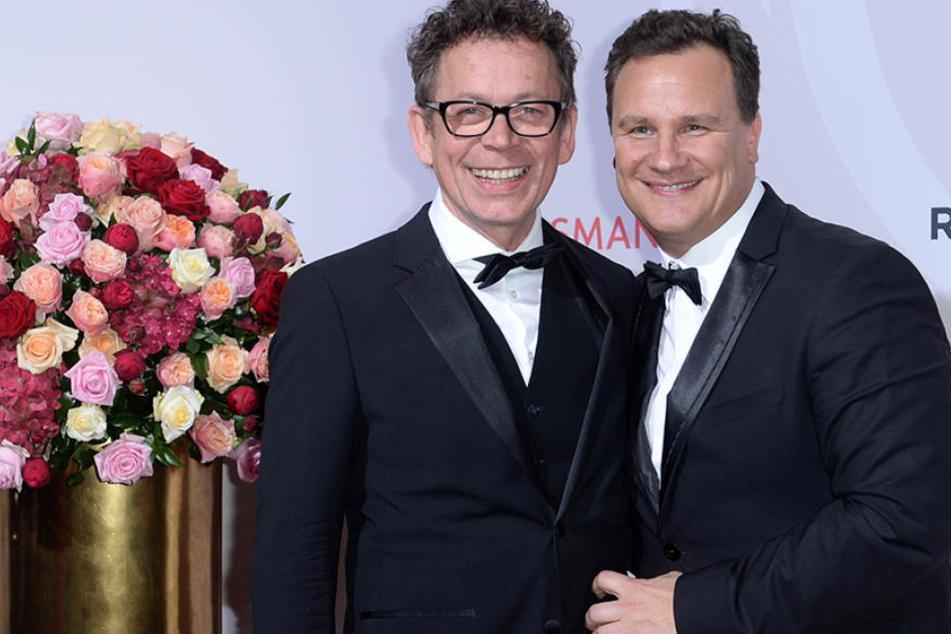 Guido Maria Kretschmer (re.) heiratet im Sommer 2018 mit seinem langjährigen Partner Frank Mutters (62).