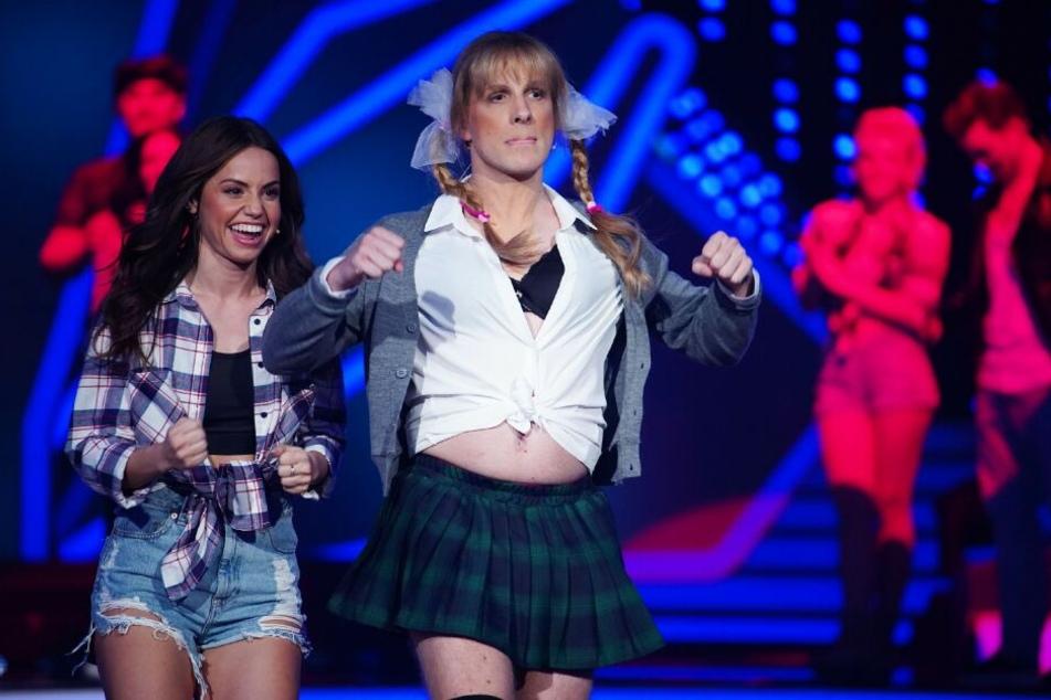 Nach den Paartänzen performte Oliver Pocher (41) als Britney Spears.