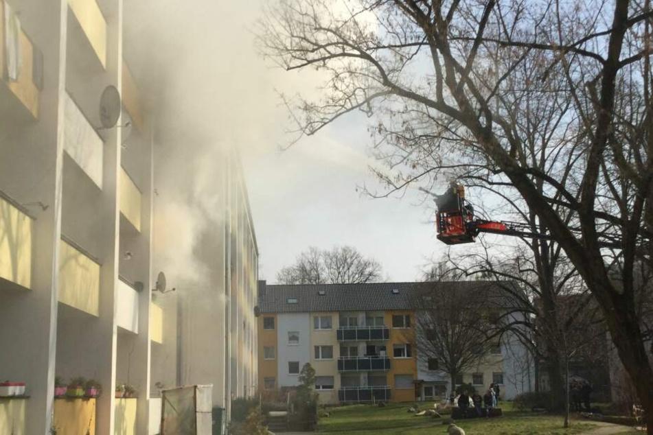 Bei dem Brand in Bonn starb ein Mensch.