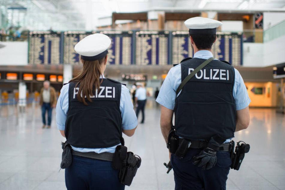 Am Flughafen in München wurde ein international gesuchter Mann festgenommen. (Symbolbild)