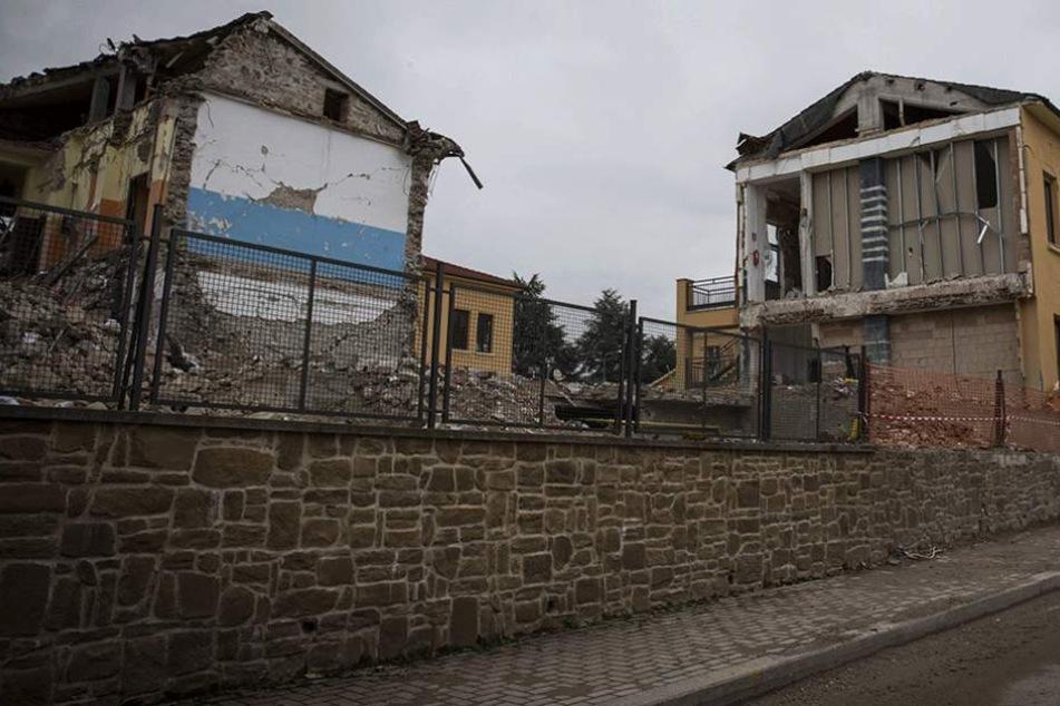 Wie schwer die Schäden bei dem Beben sind, ist noch nicht klar. Hier ein Foto aus einem früheren Beben in Italien.