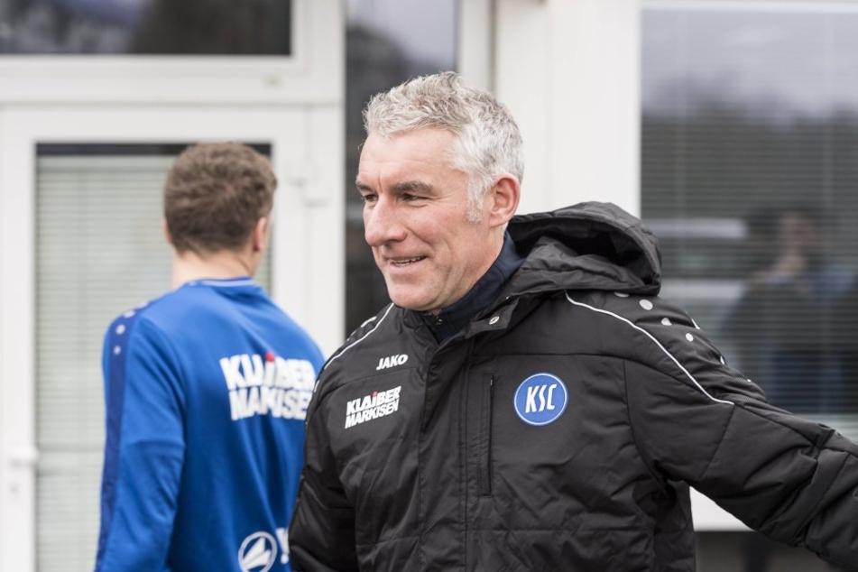 Da hat Neu-Trainer Mirko Slomka gut lachen: Auf seinen KSC könnte ein unerwarteter Geldsegen zukommen.