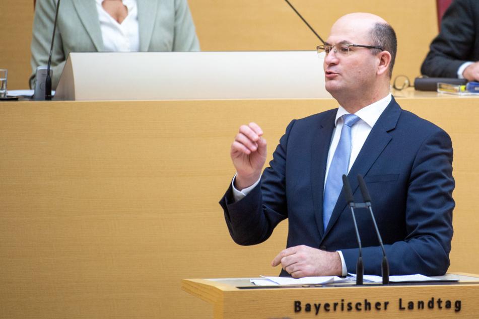 Schuldenbremse lockern? Bayern geht auf Konfrontation