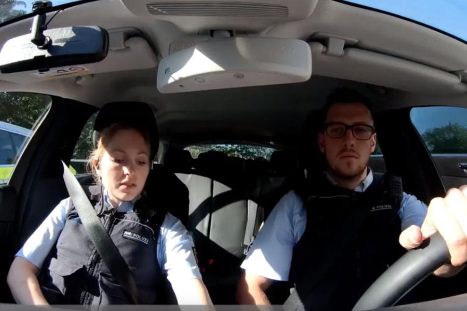 Screenshot aus dem Video: Die Zuschauer können die Polizisten auf Streife begleiten.