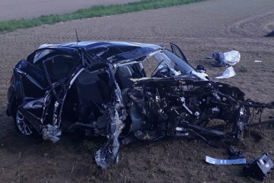 Der Motorblock riss bei dem Crash aus der Verankerung.