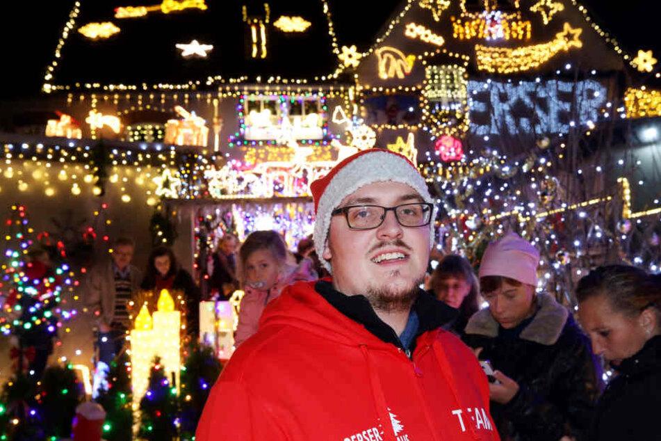 Der gelernte Elektriker Scheepers illuminiert die Rückseite seines Hauses sehr zur Freude vieler Besucher jeden Abend ab 17 Uhr.