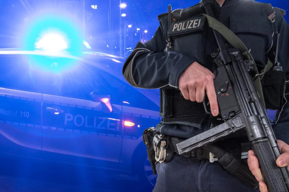 Mann mit Gewehr löst Alarm aus: Großer Polizei-Einsatz in Wiesbaden