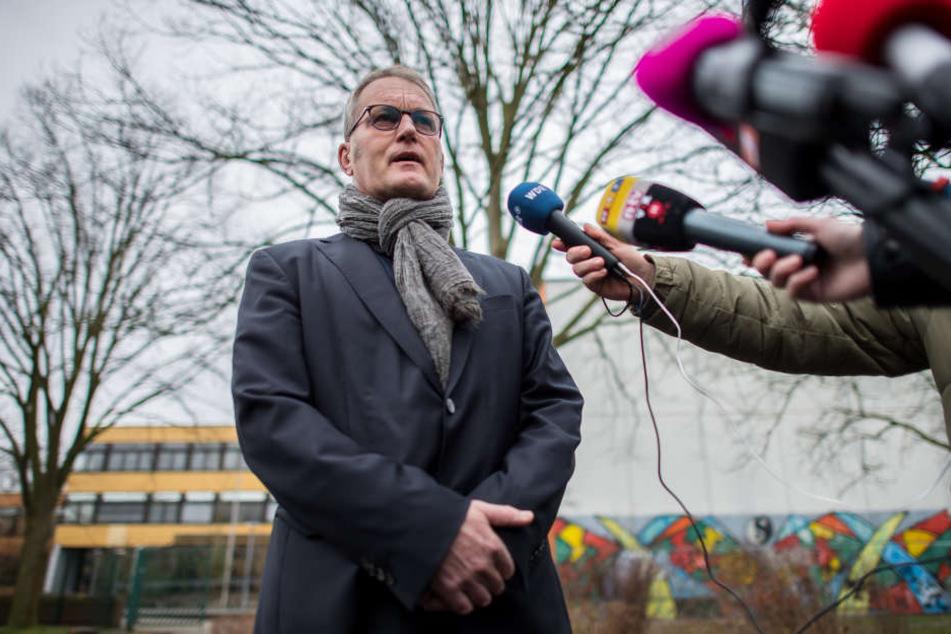 Reinhold Bauhus, Schulleiter an der Käthe-Kollwitz-Gesamtschule in Lüne, bekommt Hassmails und Drohungen.