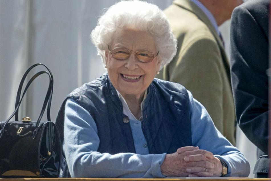 Die Queen kann mächtig stolz auf sich sein. Mit 92 Jahren verfasste sie zum ersten Mal einen eigenen Instagram-Post.