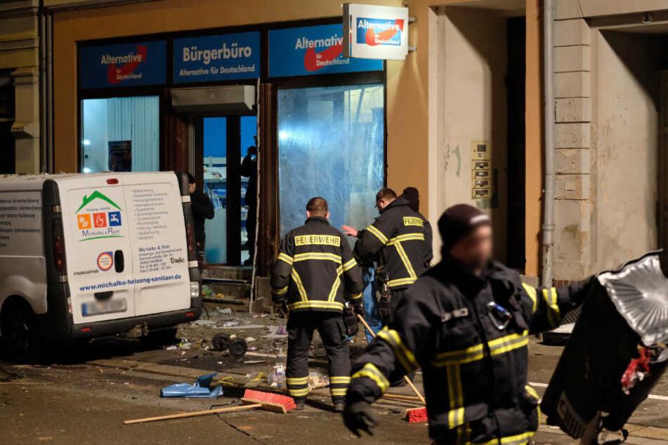 Chemnitz: Prozess-Auftakt nach Anschlag mit Kugelbombe auf AfD-Büro