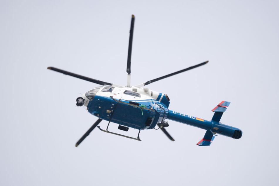 Ein 22-Jähriger hat seinen Laserpointer gegen Flugzeuge und einen Polizeihubschrauber gerichtet.