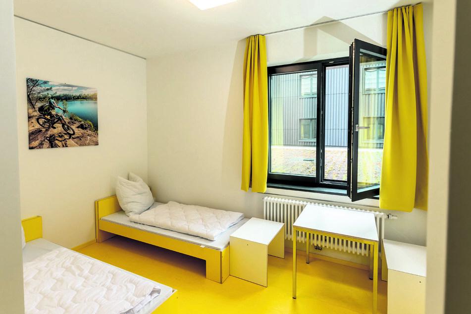 Die Herberge verfügt über modern eingerichtete Zimmer, sowie Schulungs- und Tagungsräume, die freundlich und helle ausgestattet sind.