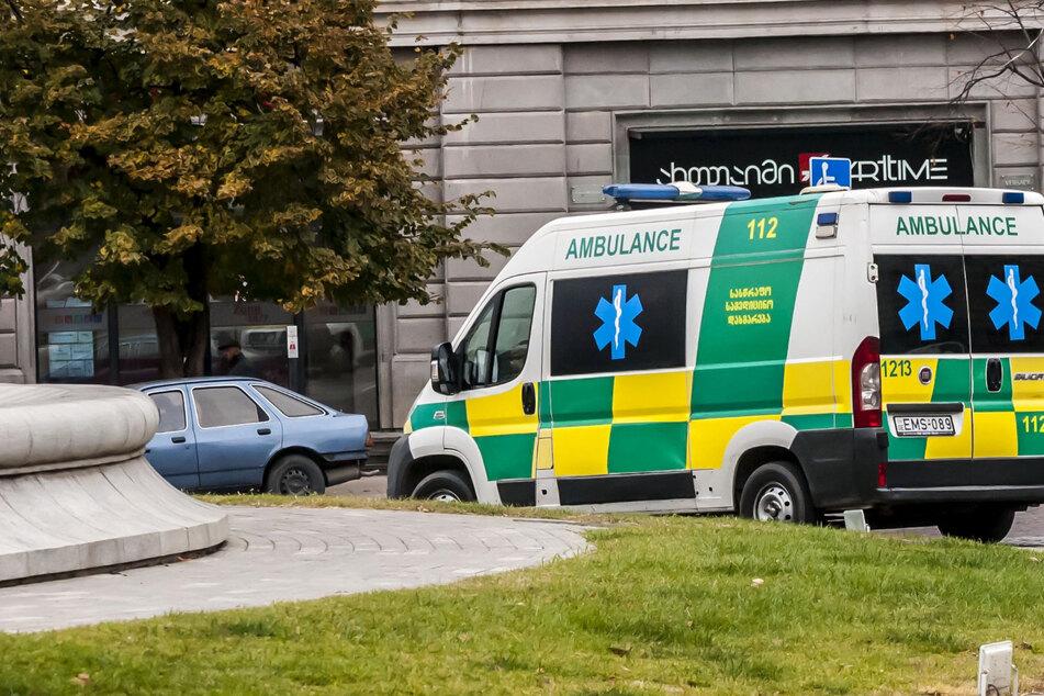 Kleinbus stürzt 80 Meter in die Tiefe: Mindestens 17 Tote