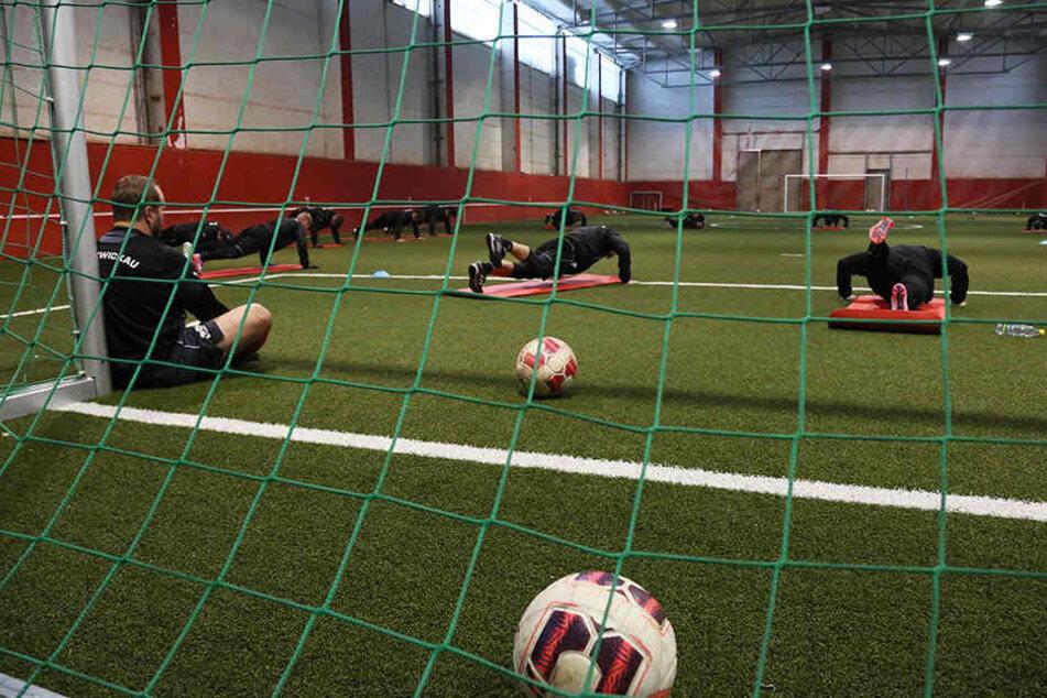 Auch eine Möglichkeit: In den vergangenen Jahren verlegte der FSV das Training immer wieder mal in die Halle.