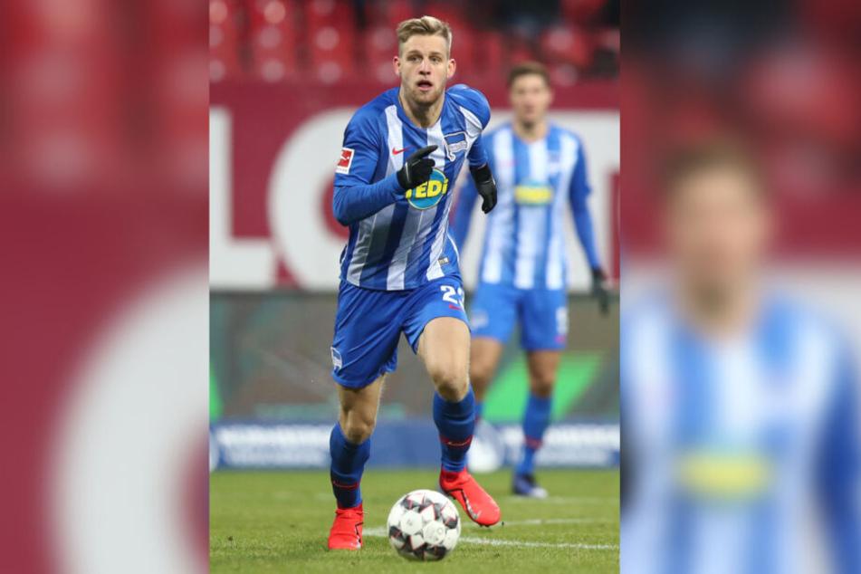 Für seinen Verein Hertha BSC fiel der Mittelfeldspieler Arne Maier in letzter Zeit aufgrund einer Verletzung aus.