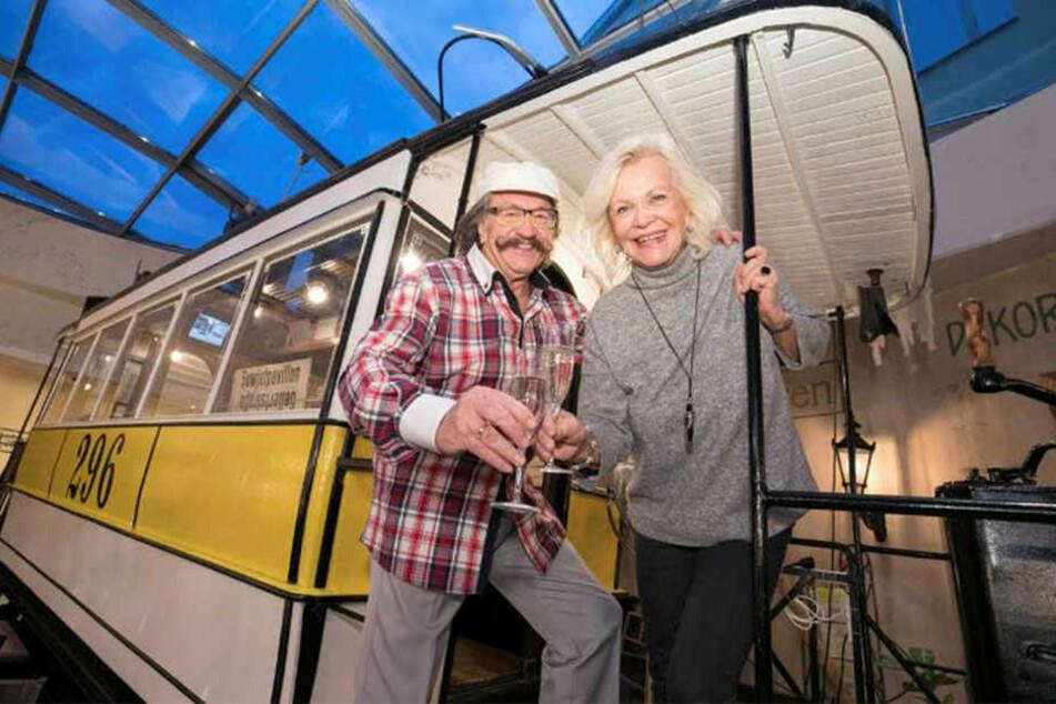 Bester Laune: Entertainer Karl-Heinz Bellmann (71) und Dorit Gäbler (74).