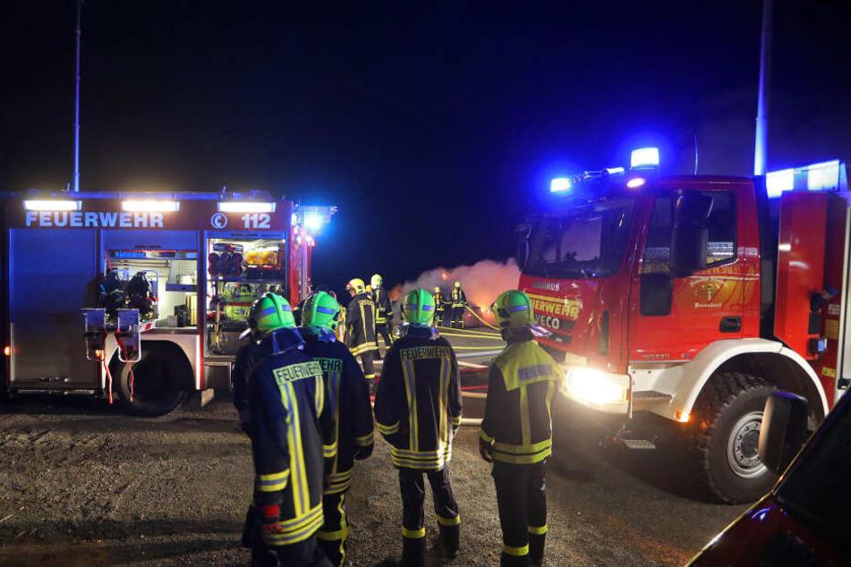 Im Einsatz waren 50 Kameraden der Feuerwehr Lichtenstein und der Ortswehren Heinrichsort und Bernsdorf.