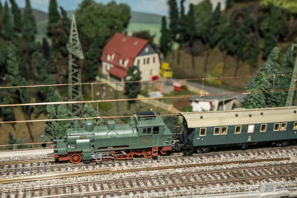 Beim Verein Arbeitskreis Modellbahn Chemnitz ist eine seltene Hartmann-Lok ausgestellt.