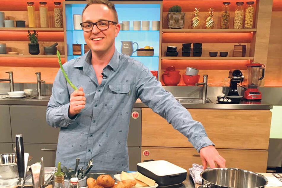 Robert Semmann (33) im Studio der ZDF-Küchenschlacht. Er hat es gewagt, Insekten zu servieren. Ob's den Gourmets geschmeckt hat?
