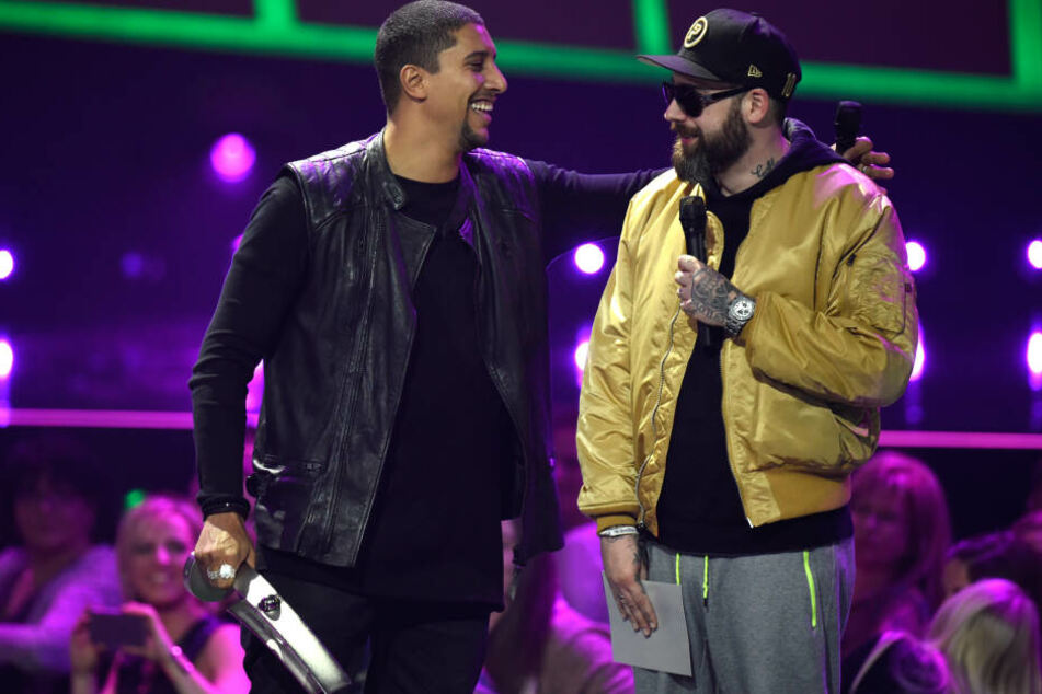 """Rapper Sido (r.) und Sänger Andreas Bourani (l.) landeten mit ihrem Song """"Astronaut"""" auf Platz 1 der deutschen Single-Charts."""