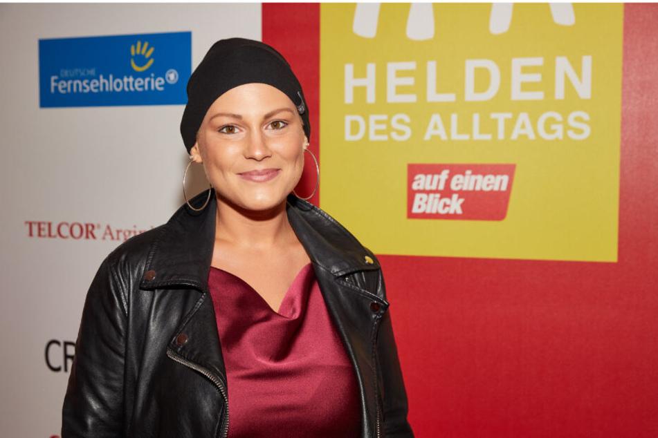 """Mia de Vries, Preisträgerin, kommt zur Abendgala """"Helden des Alltags"""" der Programmzeitschrift """"auf einen Blick""""."""
