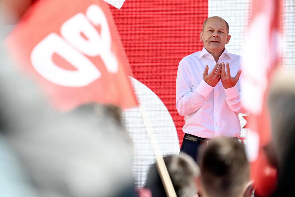 Der Höhenflug der SPD und ihres Kanzlerkandidaten Olaf Scholz (63) setzt sich ungebremst fort.