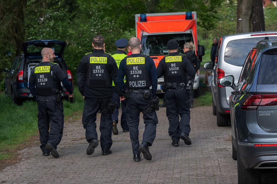 Ein 19-Jähriger ist in Berlin-Zehlendorf ums Leben gekommen.