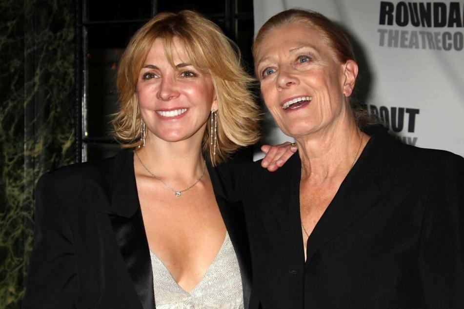 Natasha Richardson (†45) zwei Monate vor ihrem Tod mit ihrer Mutter, der Schauspielerin Vanessa Redgrave (81).