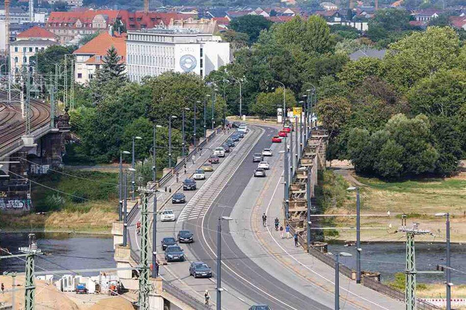 Unfälle gab es am Beginn und am Ende der Marienbrücke. Die Stadt hat beide Bereiche mittlerweile entschäft.