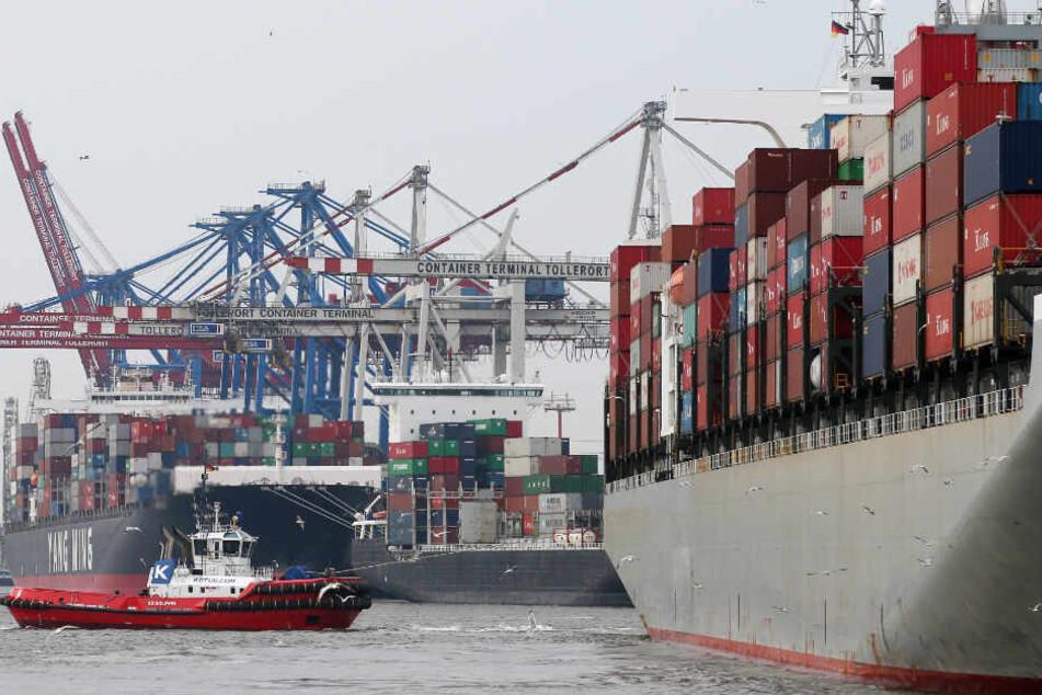 Im Hamburger Hafen wird künftig auf Atomtransporte verzichtet. (Symbolbild)