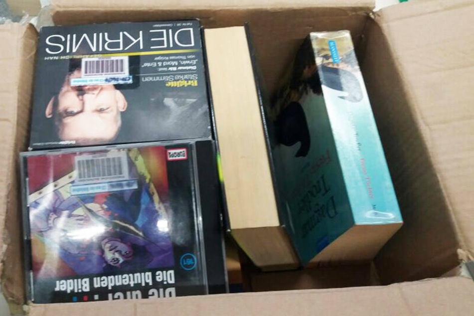 Aufatmen: Das Paket enthielt ausrangierte Bücher und CDs.