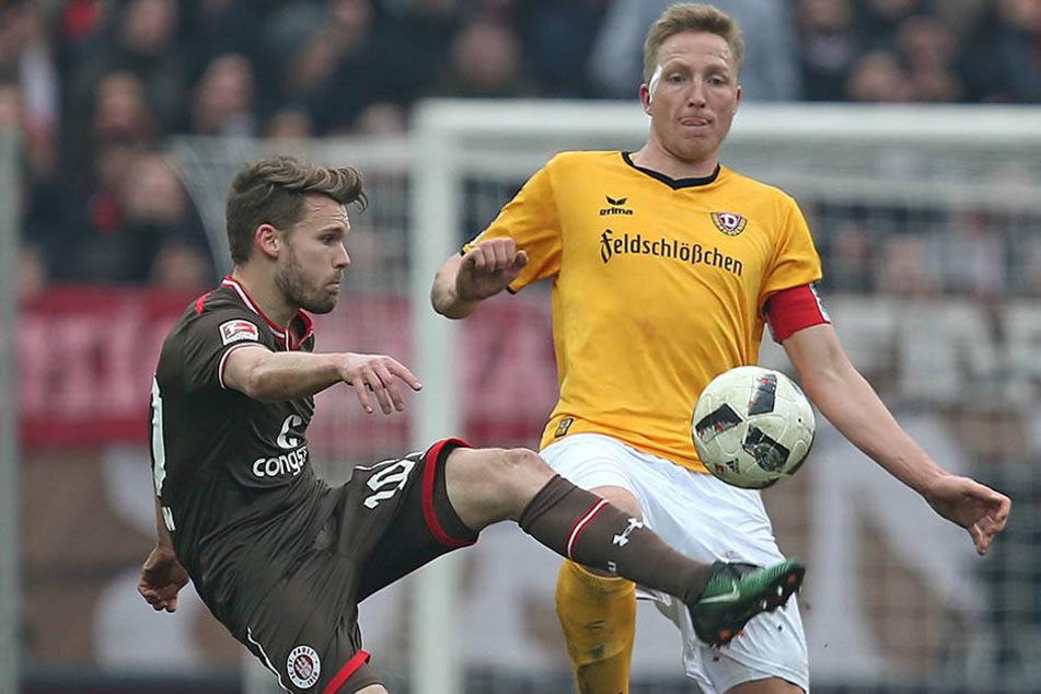 Dynamo-Kapitän Marco Hartmann (r.) könnte sich heute um Paulis Christopher Buchtmann kümmern.
