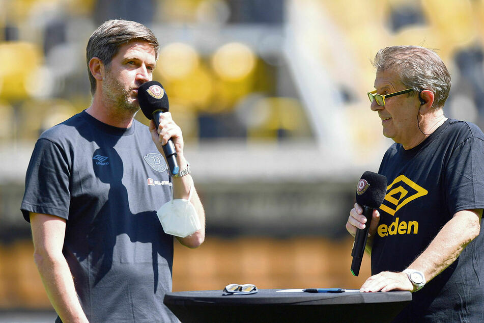 Stadionsprecher Peter Hauskeller (r.) versuchte, Sportchef Ralf Becker ein paar Neuigkeiten zu entlocken.